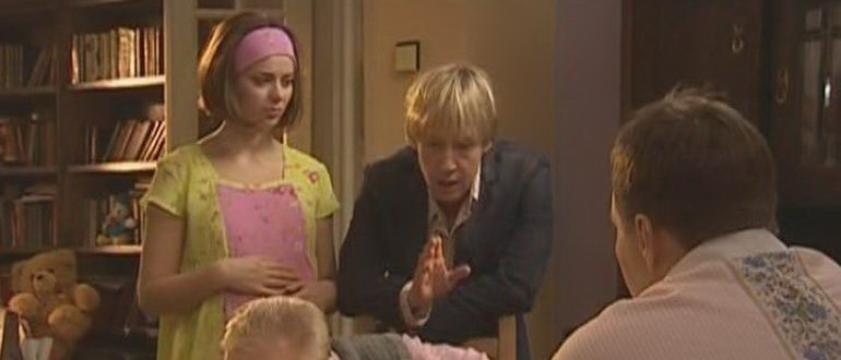 кадр из сериала Виола Тараканова. В мире преступных страстей (2004)